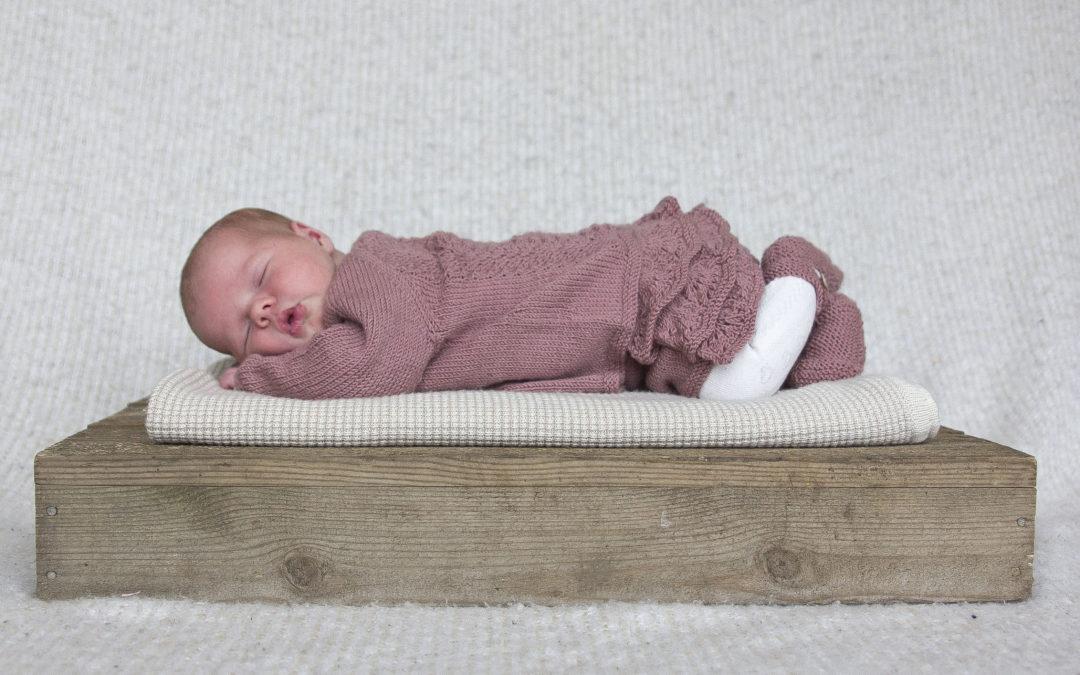 Selma strikkesett til baby