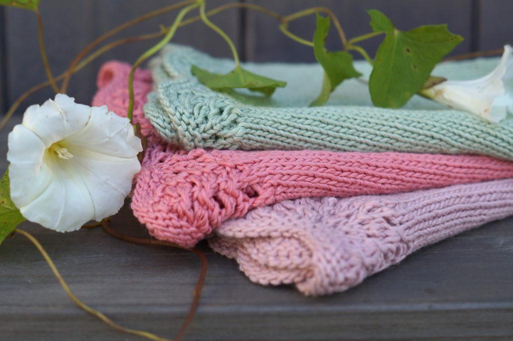 Strandrose strikkekjole
