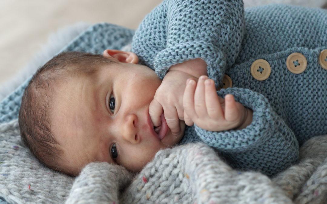 Stork nyfødtbody til de første dagene